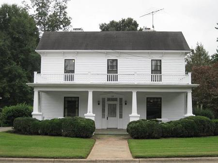Amazing historic homes under 100k tidepooler for Homes built under 100k